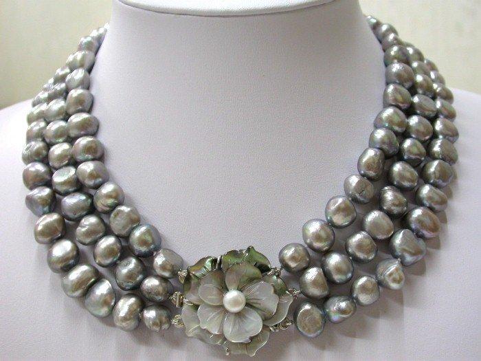 WONDERFUL BIG 3str baroque grey pearls necklace