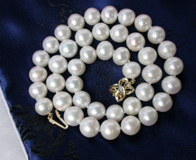 stunning big 10mm white round cultured pearls necklace