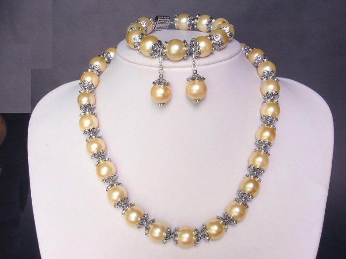 Necklace Set S Sea Yellow Shell Pearls Bali Silver Cap