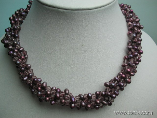 17'' 5 strands purple pearl and crystal necklace