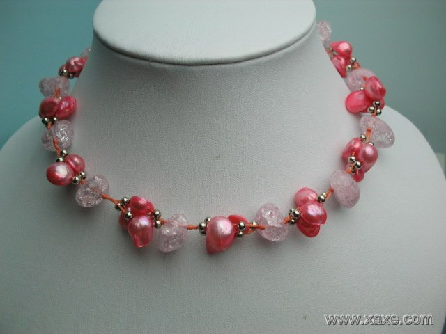Fancy 17'' pink pearl and crystal necklace
