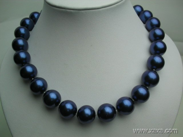 "Huge 17"""" 16mm blue seashell pearl necklace"