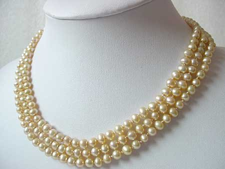 16-18'' 3-ROW CHAMPAGNE FW PEARL NECKLACE