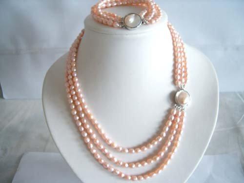 "18"""" triple strand FW pearl Necklace & bracelet"