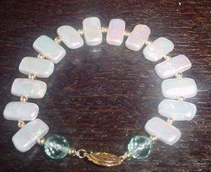 white biwa pearl 7x13mm bracelet
