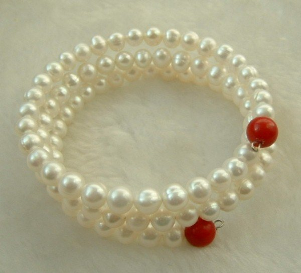3 strand steel wire 6mm white and coral bracelet