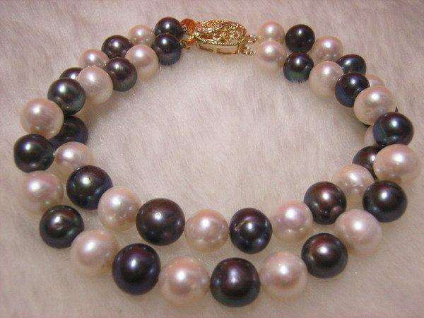 Double White & Black Freshwater Pearl Bracelet