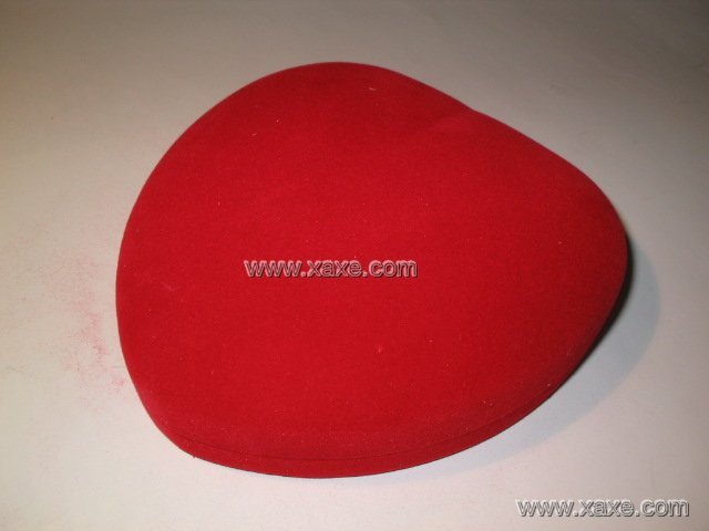 big red heart velvet jewelry box for sets