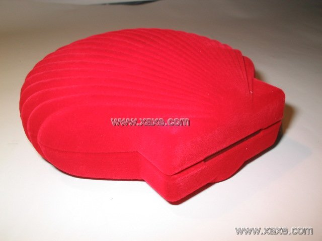 big red mussel jewelry box for set