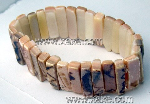 Lovely shell bracelet f