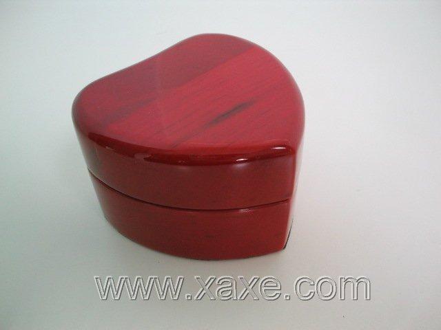 Red rose wood heart shape box