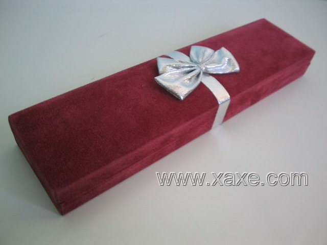 Red Velvet Silver Ribbon Jewelry Box