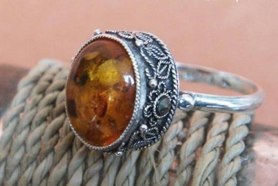 Vintage round amber ring sterling silver