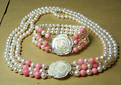 3 strands pearl and coral necklace shell clasp