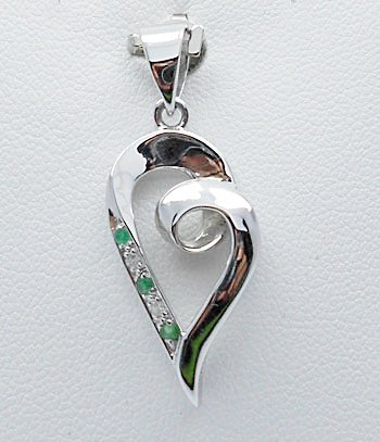 heart pendant in simply style with Emerald and CZ sterling silver