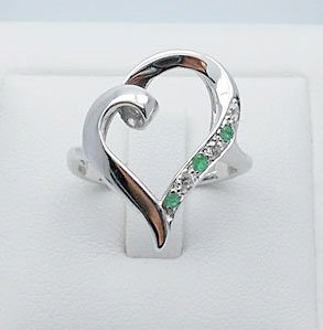 Emerald with CZ heart ring sterling silver