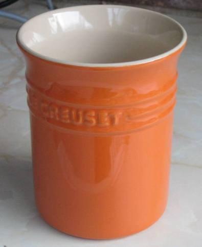 Le Creuset Stoneware Utensil CROCK Orange 37.1 ounce NEW