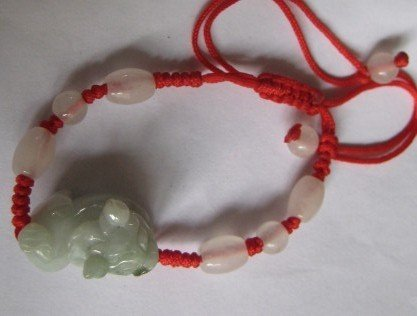 Natural jade. Hand-carved (bold, four oval beads, 4 yuan Pearl white) hand-woven bracelets