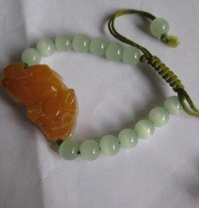 Natural jade. Hand-carved brave, brave rosy +16 Ock, hand-woven bracelets.