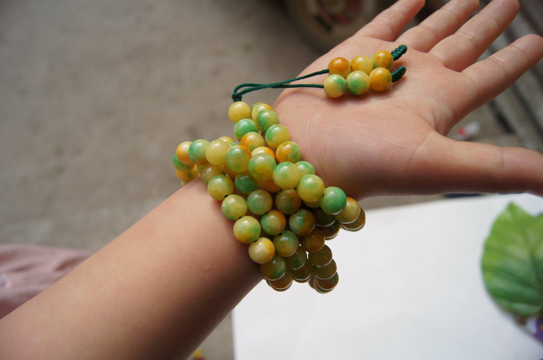Yellow and green jade beads, meditation yoga bracelet necklace. 108 beads.