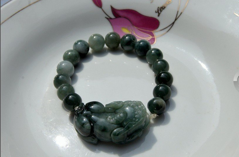 Natural (gray, white) color of jade, hand-carved brave bracelet. 12 mm bead 15.Rubber band strung