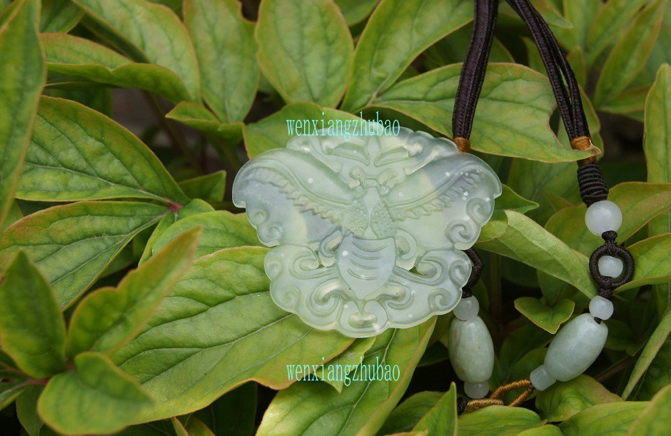 Hand-sided carving, natural Liaoning Jade, butterflies. Necklace pendant. 37x42x3.5mm