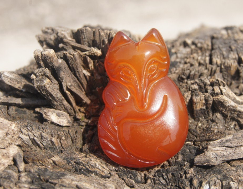 Natural red agate pendant. Fox. Hand-carved, necklace pendants. 34x23x9mm