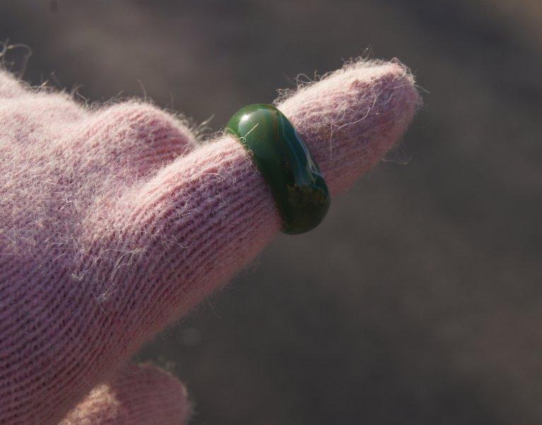 Manual sculpture Natural color agate rings (inner diameter) 18 to 20 mm