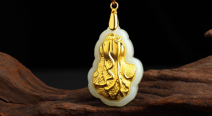 Gold inlaid jade cabbage (wealth) lucky necklace and pendant