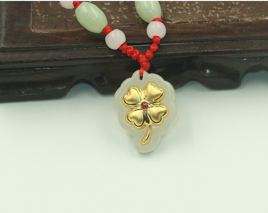 Gold inlaid jade pendant clovers (sifang to gain) lucky necklace and pendant