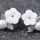 Zircon flower Shell pearl, 925 silver earrings earrings. A beautiful woman like most favorite