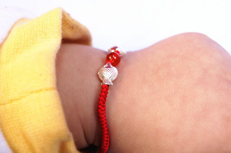 """Hand-woven red king kong """"925 silver Pisces show bead lucky bracelet"""