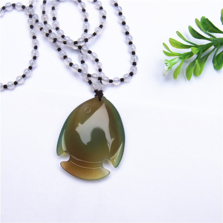 Natural agate goldfish (more) every year. Auspicious necklace pendant