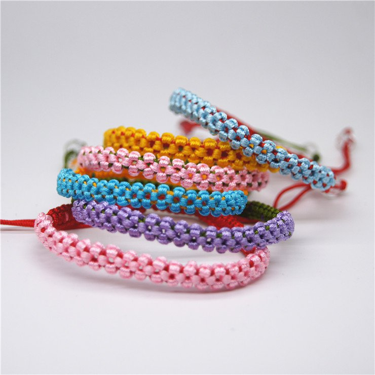 Pure hand woven colored rope knot with a knot of auspicious bracele