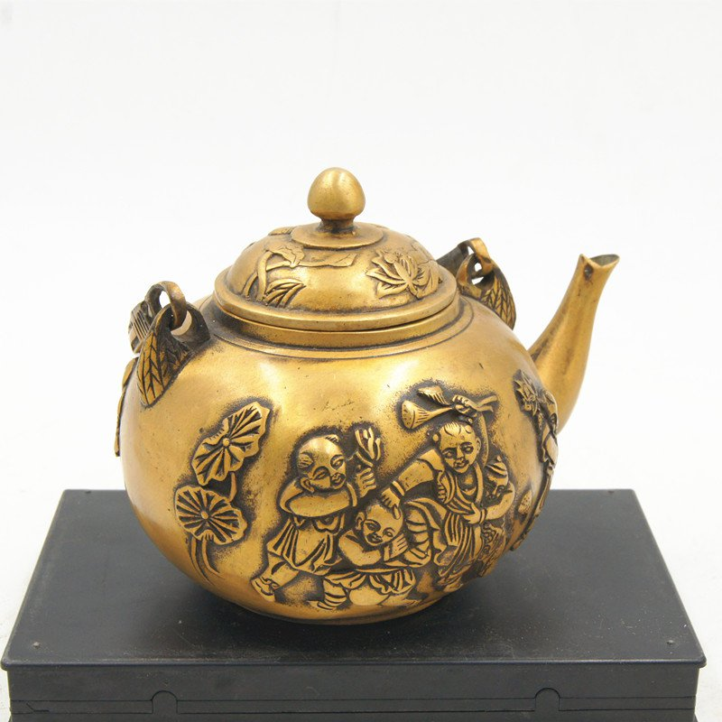 Archaize copper (qianlong imperial system), lotus tong son teapot. Hand embroidered.