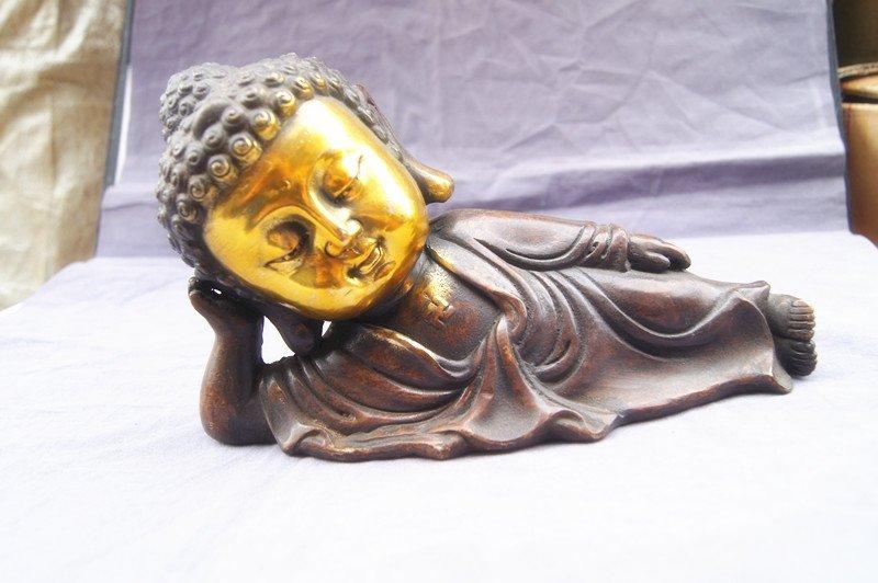 Retro bronze gilding Buddha statue of Buddha. Swing the town house - dispel evil. The rent