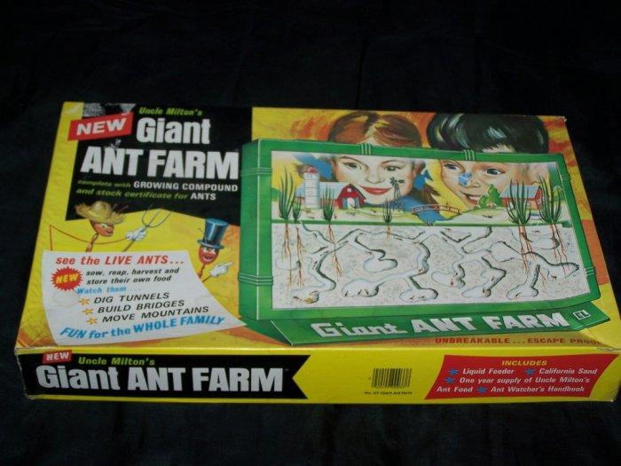 Vintage 1970s Uncle Milton's GIANT ANT-FARM Nature Toy