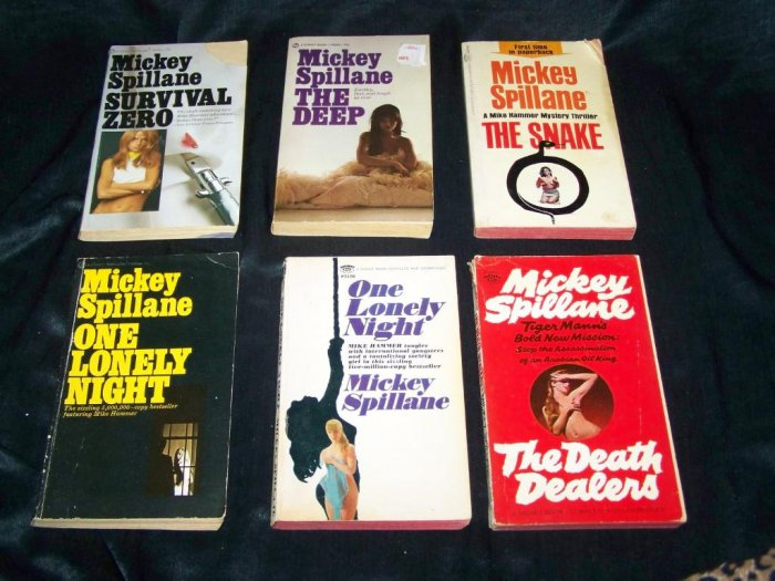 Vintage MIKE HAMMER Mickey Spillane MYSTERY PB Book Lot
