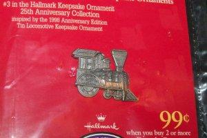 New 1998 Hallmark Christmas Locomotive Keepsake Ornament Collectors Pin #3