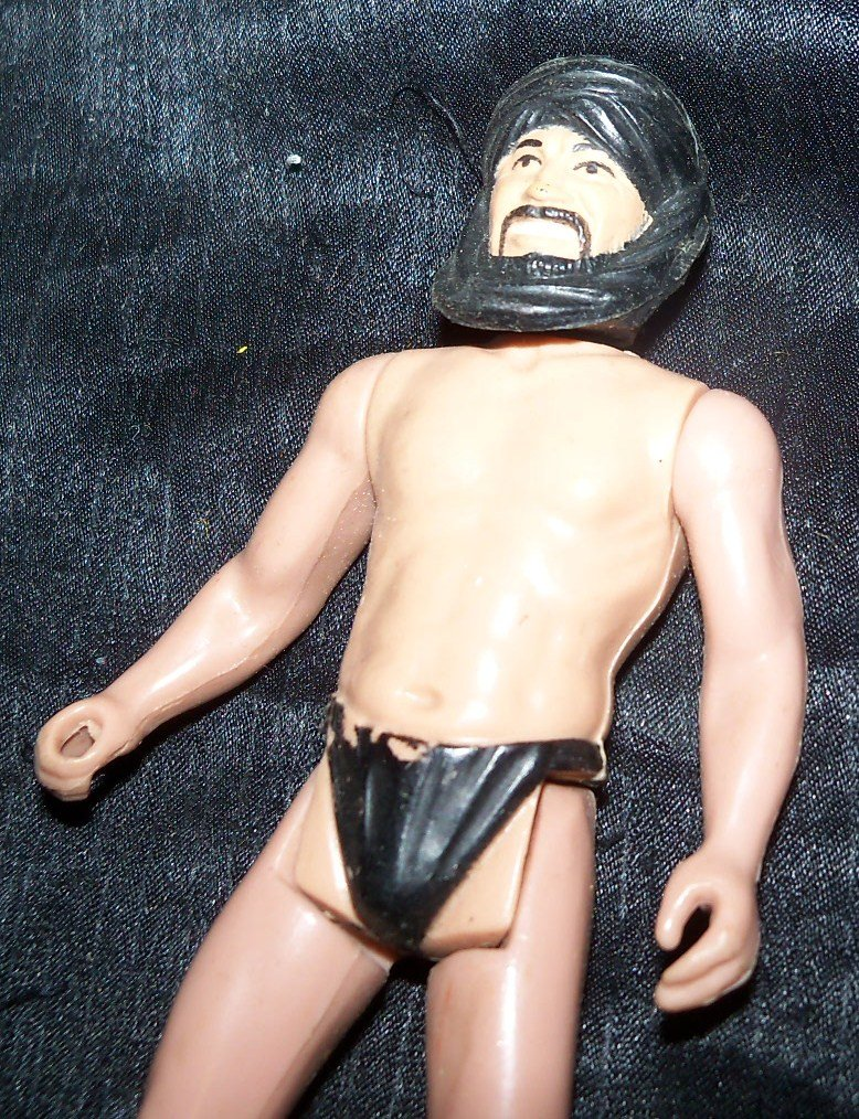Vintage 1980s Indiana Jones CAIRO SWORDSMAN Action Figure
