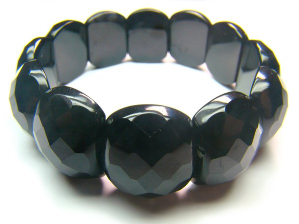 BONXSE0825C Onyx Semi Shape 18x21mm Cut Bracelet