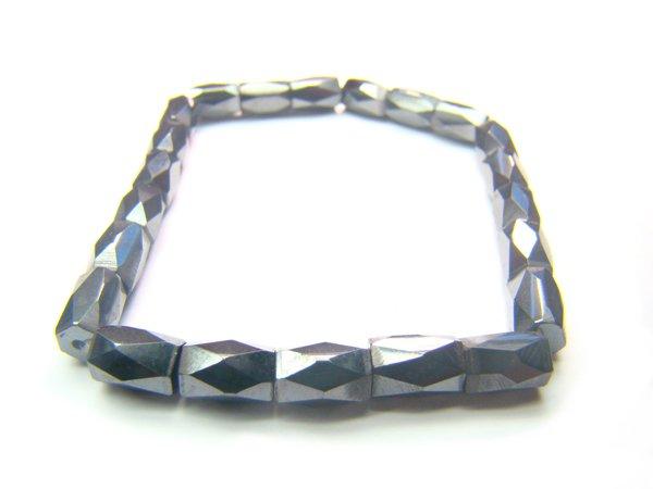 EAGXRS0600X Hematite Cylinder Shape 5mm Cut Bracelet