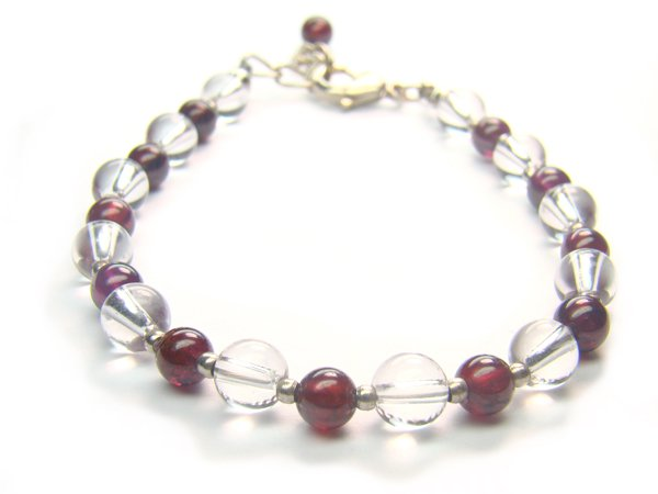 BB81F Garnet Clear Quartz Bracelet