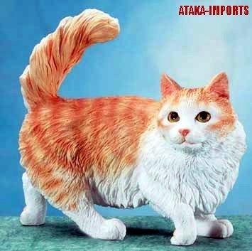 MUNCHKIN CAT FIGURINE-STATUE (5663)