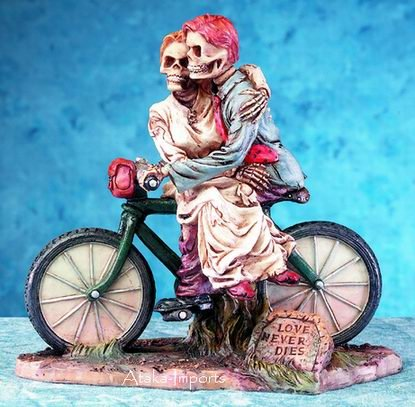 SKELETONS-SKULL COUPLE STATUE-BIYCYCLING TOGETHER-SWEET HALLOWEEN (5167)