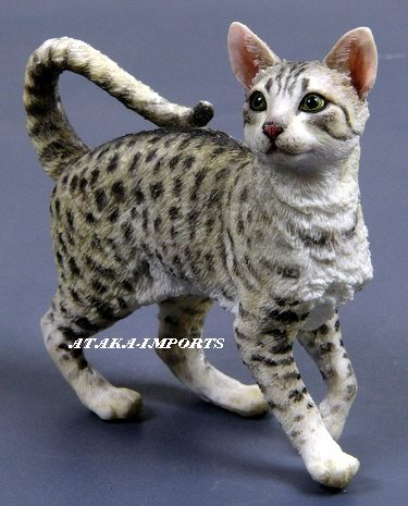 EGYPTIAN MAU CAT FIGURINE (6337s)