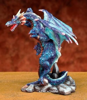 BLUE DRAGON-ATTACKING-FIGURINE-STATUE (5791s)