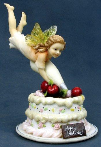 LITTLE BIRTHDAY FAIRY-FIGURINE-STATUE (6779)