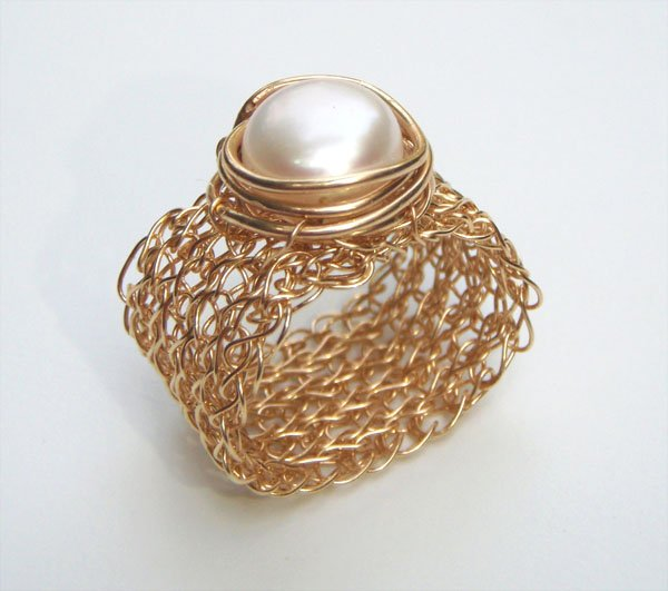 Prestige 14kt Gold filled ring with pearl