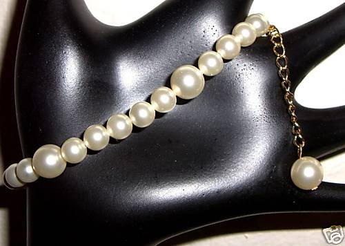 Wedding Bridal Gift Cream Crystal Pearl Bracelet made with SWAROVSKI ELEMENTS